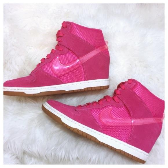 free shipping dc668 70004 Nike Dunk Sky Hi Wedge Sneaker Pink Suede Mesh 9.5.  M 5b76e14edf0307ab67c7bbb9